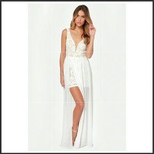Lulus ivory maxi dress M